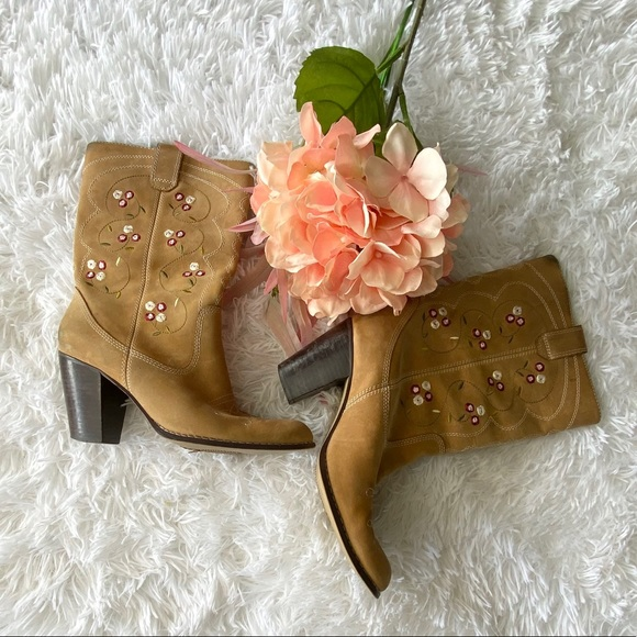 Seychelles Anthro Embroidered Suede Western Boots